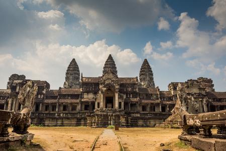 hinduism: templo de Angkor Wat, Siem Reap, Camboya edificios de cultivo Hinduismo Khmer