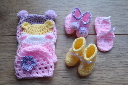 premature baby wool crochet items for comfort