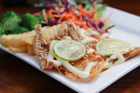 mayonesa: Ensalada de pollo frito mayonesa