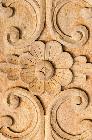 carve: carve Wood For the door