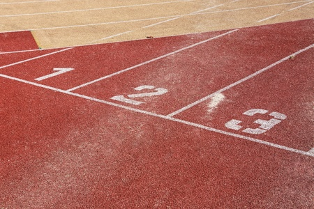 Running track lines with starting numbers