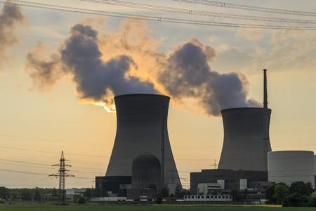 Centrale nucleare Archivio Fotografico - 58429423