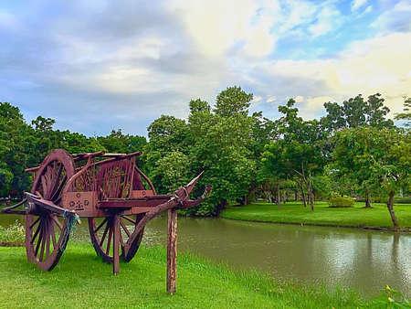 rela: Wooden Cart In Suanluang Rama 9 Public Park, Bangkok, Thailand