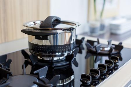 デザイナーのストーブで調理器具 写真素材