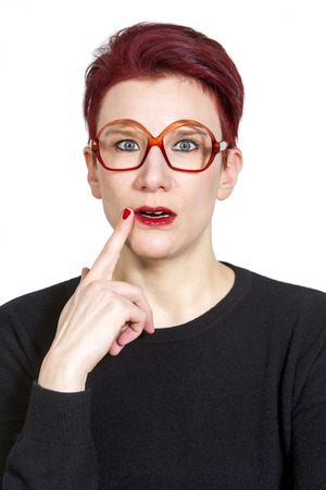 portarit: portarit of red-haired woman with big glasses looking clueless