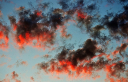 Colorful cloudy sky at sunset over Cape Town Stock Photo - 16977652