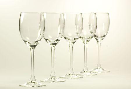 Vide cognac verres ensemble isol� sur fond blanc