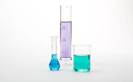 3 tubes � essai avec des liquides color�s