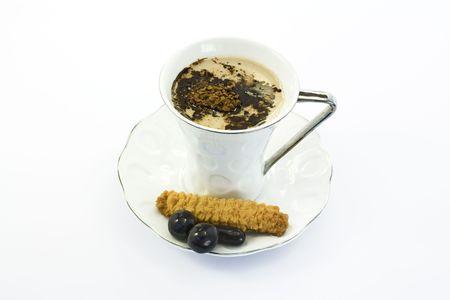 Une tasse de caf� et chocholate isol�es sur fond blanc