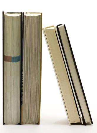 Vertical livres isol�s sur fond blanc