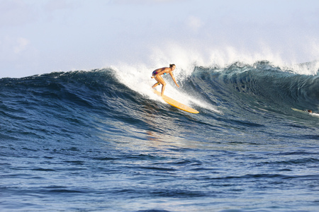 Maledives, South Male Atoll, surfing woman