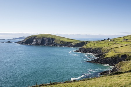 Ireland, County Kerry, Dingle Peninsula, View to Atlantic coast LANG_EVOIMAGES