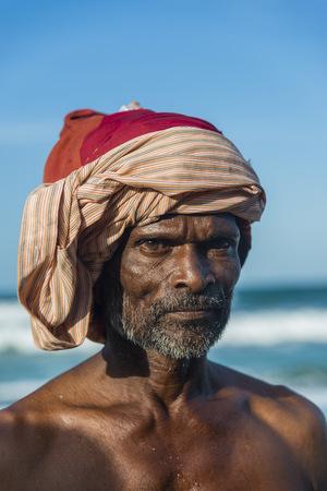 nackte brust: Sri Lanka, Galle, portrait of a native LANG_EVOIMAGES