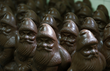 conformance: Many chocolate Santa Clauses