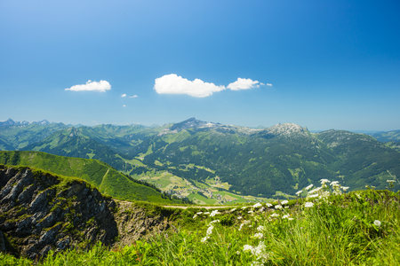 mountaintops: Alps, panoramic view from Fellhorn over Little Walser Valley towards Hoher Ifen, Gottesacker and Toreck LANG_EVOIMAGES