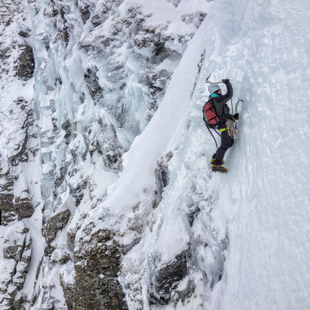 UK, Scotland, Glencoe, Ben Udlaih, woman ice climbing