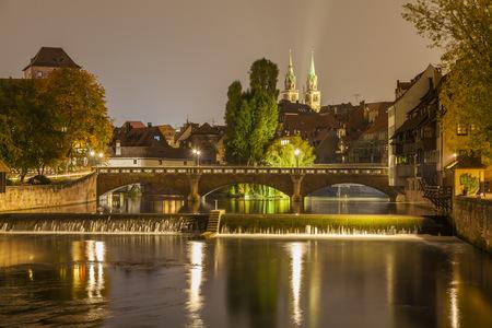 Germany, Bavaria, Nuremberg, Pegnitz river, Max bridge and Church of St Lawrence LANG_EVOIMAGES