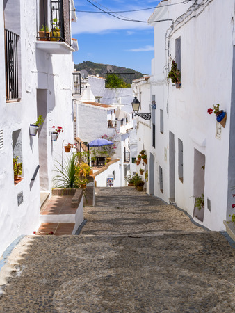 Spain, Andalusia, Frigiliana, white houses, alleyway