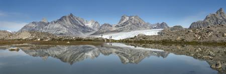 Greenland, Kulusuk, Mountaineers in the Schweizerland Alps