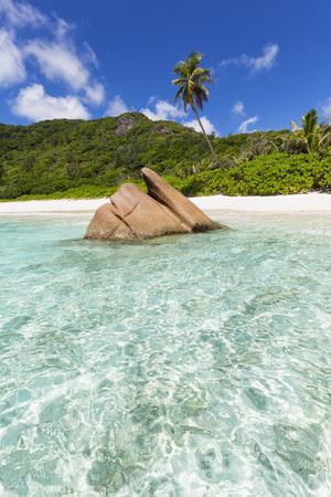 la digue: Seychelles, La Digue, Indian Ocean, Anse Cocos, beach LANG_EVOIMAGES