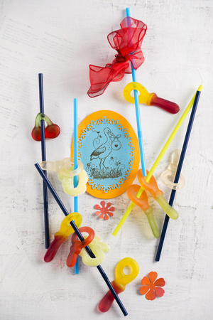 Wine gum pacifiers on straws LANG_EVOIMAGES