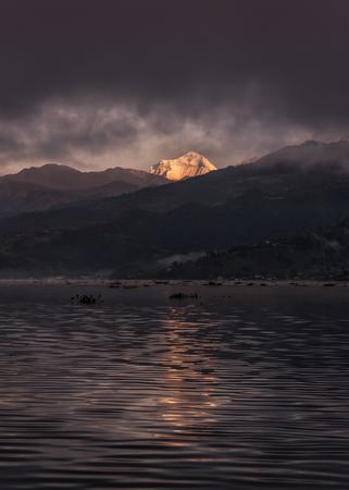 phewa: Nepal, Pokhara, Phewa lake, Annapurna South LANG_EVOIMAGES