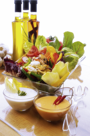 Mixed Salad With Seafruits LANG_EVOIMAGES