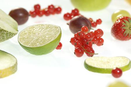 distinct: Fresh Fruits, Close-Up