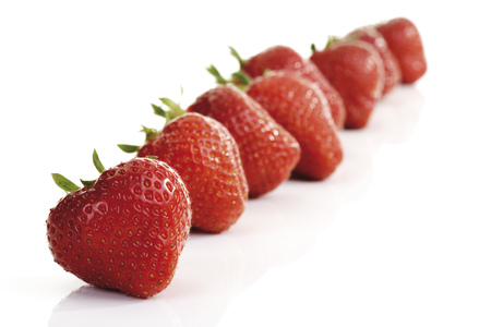 Strawberries In A Row, Close-Up LANG_EVOIMAGES