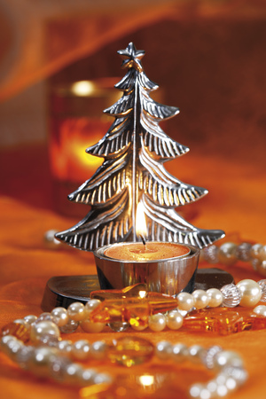 Silvery Christmas Tree Candle Holder With Tealight LANG_EVOIMAGES
