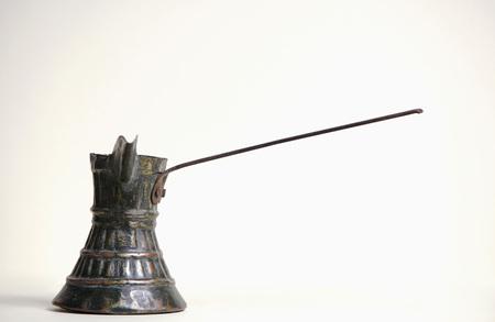 bureta: Oriental Coffeepot, Close-Up LANG_EVOIMAGES