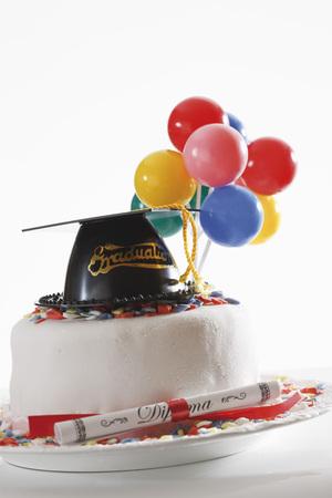 doctoral: Graduation Cake LANG_EVOIMAGES