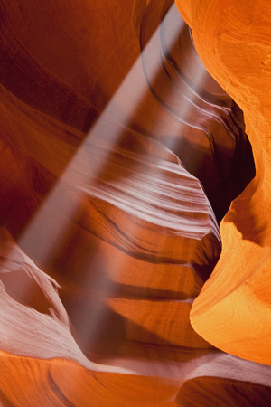 Usa,Arizona,Upper Antelope Canyon,Sunbeams