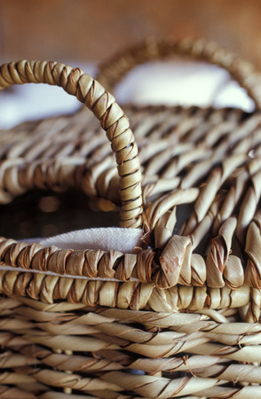 Picnic Basket, Close Up LANG_EVOIMAGES