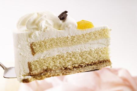 sweetly: Piece Of Cake, Close-Up