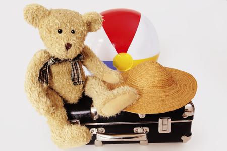 open suitcase: Childrenâ´S Holidays