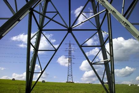 Pylons In Meadow LANG_EVOIMAGES