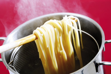 Spaghetti In Cooking Pot,Elevated View LANG_EVOIMAGES