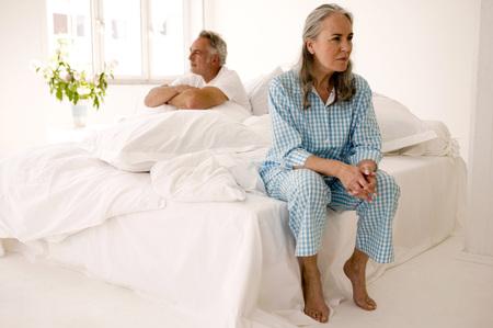 Mature paar in bed