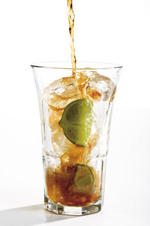 citrons: Cuba Libre Drink, Close-Up LANG_EVOIMAGES