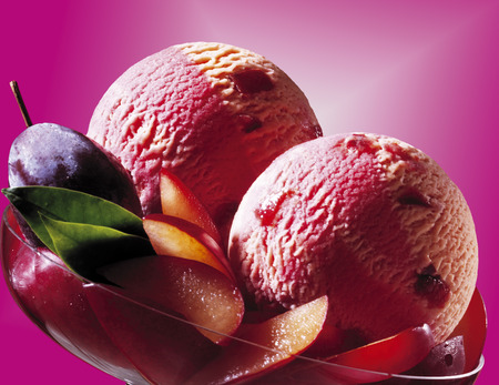 sweetly: Plum Ice Cream LANG_EVOIMAGES