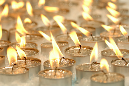 Burning Tea Lights, Christmas Decoration LANG_EVOIMAGES