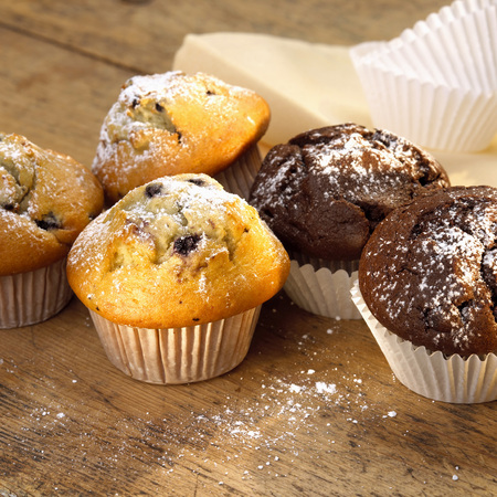 afters: Chocolate And Blueberry Muffins LANG_EVOIMAGES