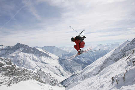 complete: Germany, Damkar, Person Jumping Ski, Side View LANG_EVOIMAGES