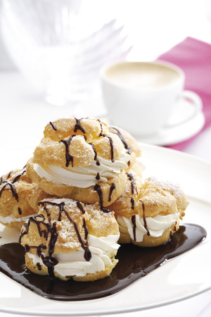 afters: Cream Puffs LANG_EVOIMAGES
