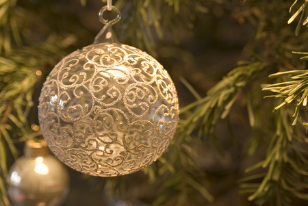Christmas Bauble On Christmas Tree, Close-Up LANG_EVOIMAGES