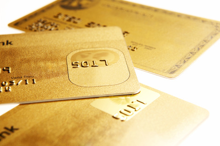 Three Different Credit Cards, Close-Up LANG_EVOIMAGES