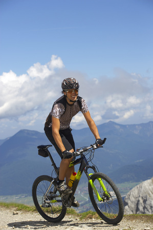 ciclos: Germany,Bavaria,Karwendel,Man Mountain Biking LANG_EVOIMAGES