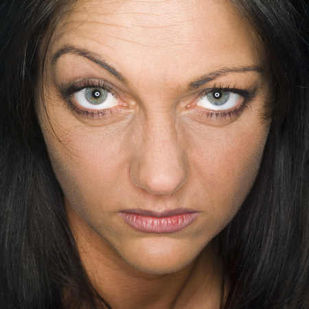 provoking: Young Woman, Portrait, Close-Up LANG_EVOIMAGES