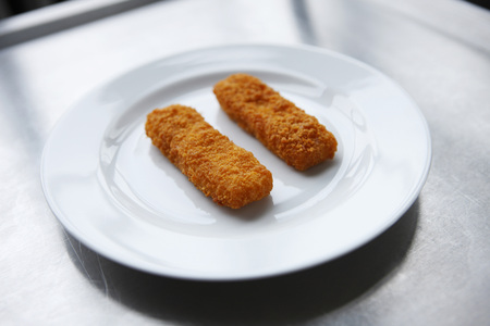 Fish Fingers On Plate LANG_EVOIMAGES